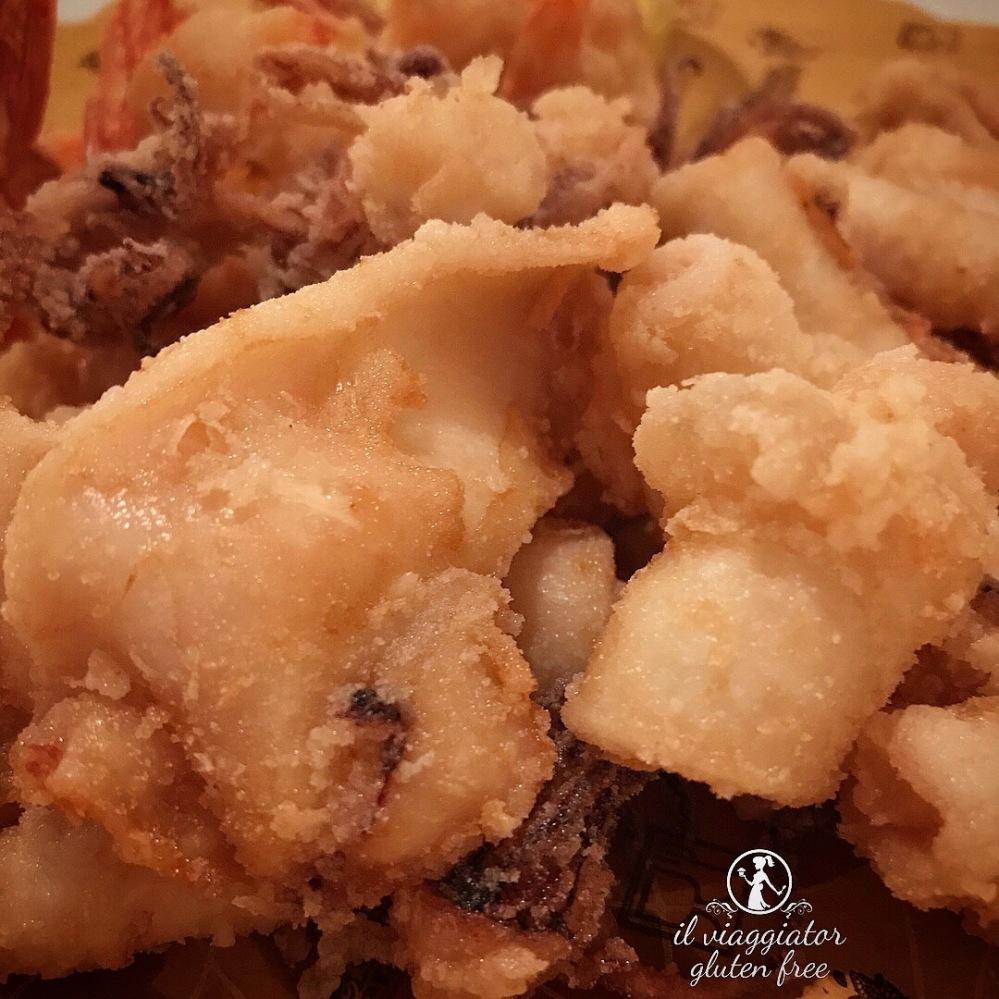 Meltemi (Parma) - Fritto di calamari e gamberi senza glutine con maionese al dragoncello (19€)