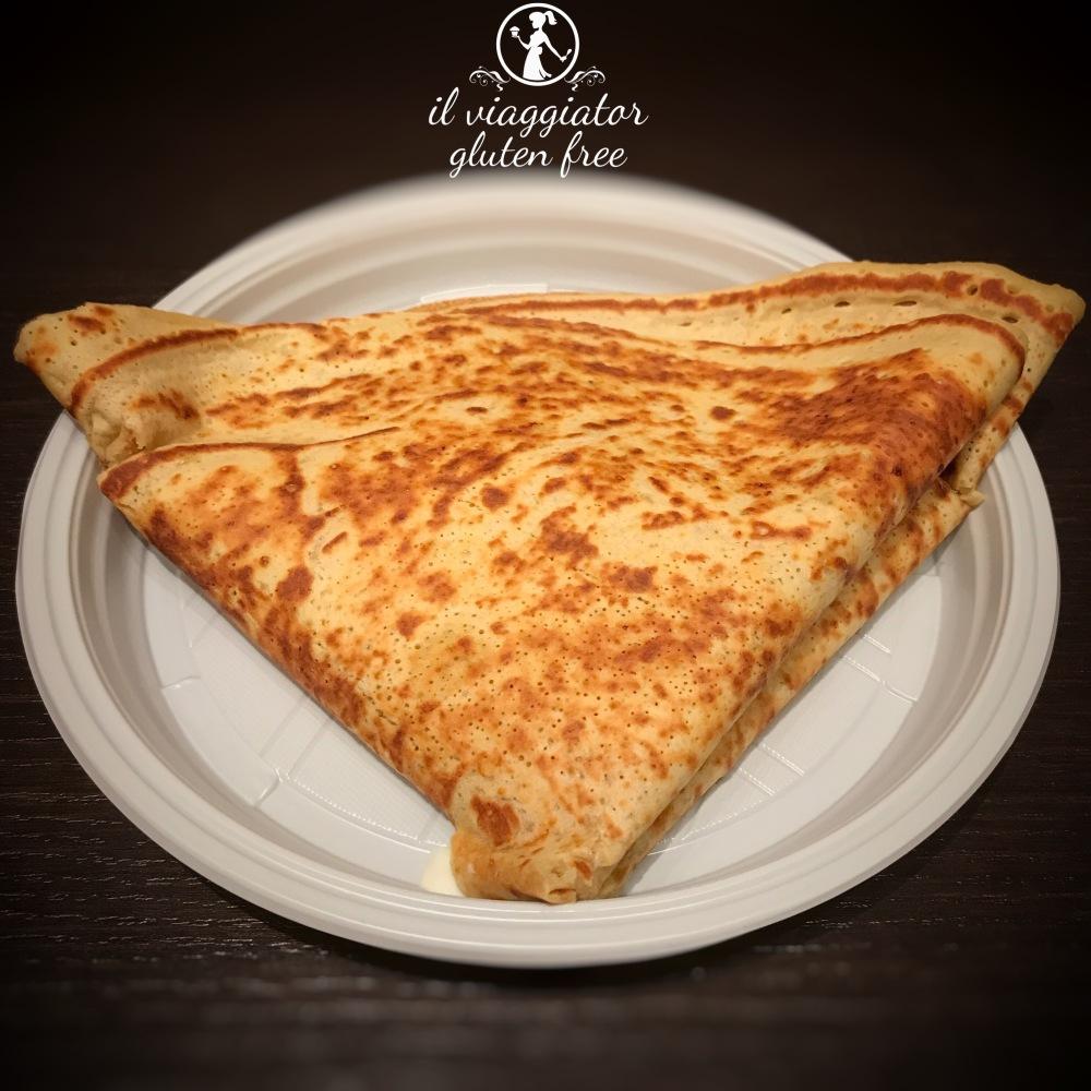 Les Crêpes (MS) - crêpe con impasto di ceci senza glutine farcita ai 4 formaggi