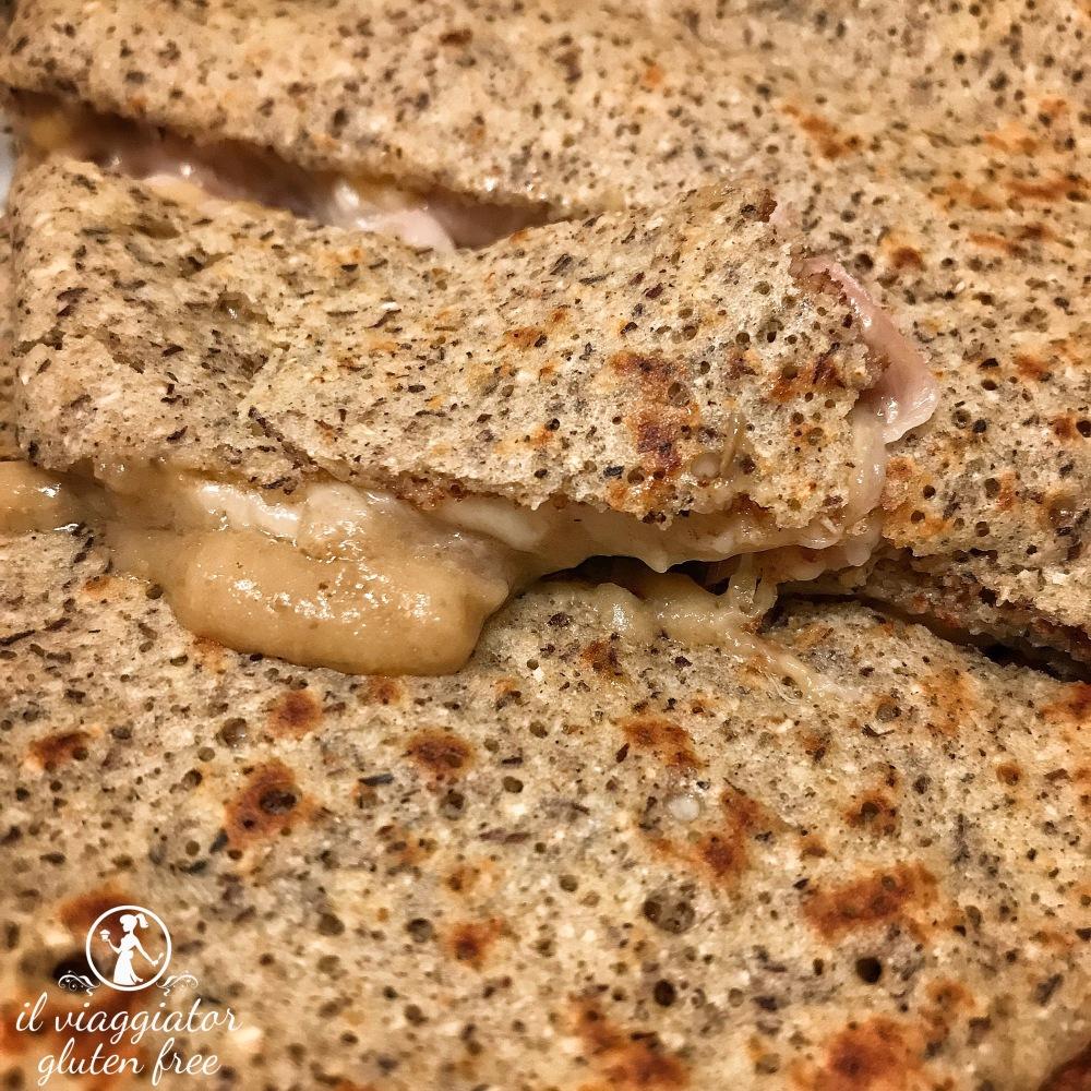 Les Crêpes (MS) - crêpe di farina di grano saraceno senza glutine farcita con speck, provola affumicata e crema di funghi porcini